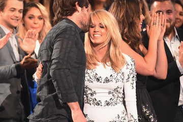 Mike Fisher Carrie Underwood 2015 CMT Music Awards - Show
