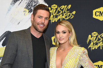 Mike Fisher Carrie Underwood 2018 CMT Music Awards - Red Carpet