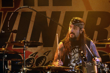 Mike Portnoy The Winery Dogs In Concert At Count's Vamp'd