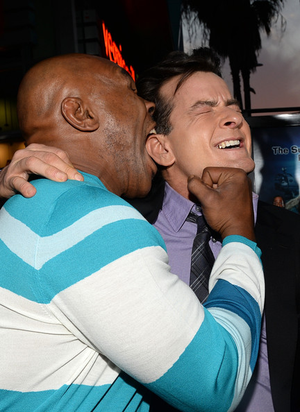 Mike Tyson Charlie Sheen Mike Tyson Photos Arrivals At The Scary Movie 5 Premiere Zimbio