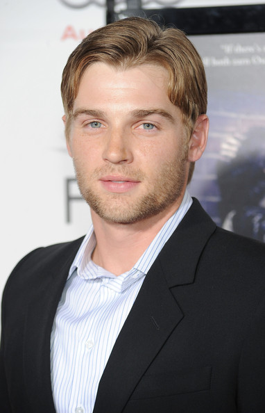 Mike Vogel Net Worth
