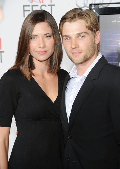 Mike Vogel with cool, Wife Courtney Vogel