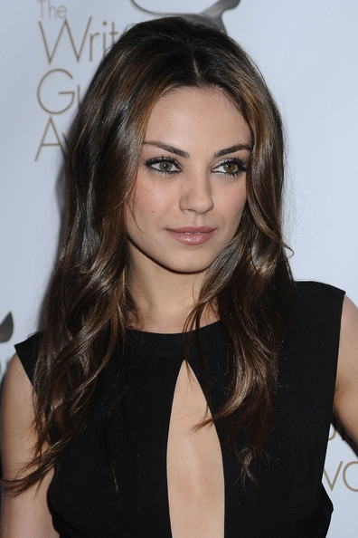 hair styles for shaped faces mila kunis photos 2010 writers guild awards arrivals 7292
