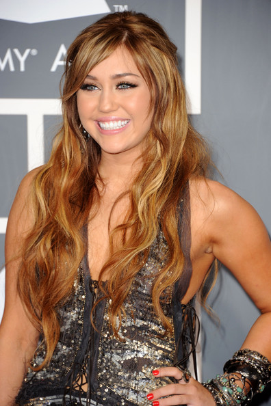 miley cyrus hair colour 2009. miley cyrus hair color 2009.