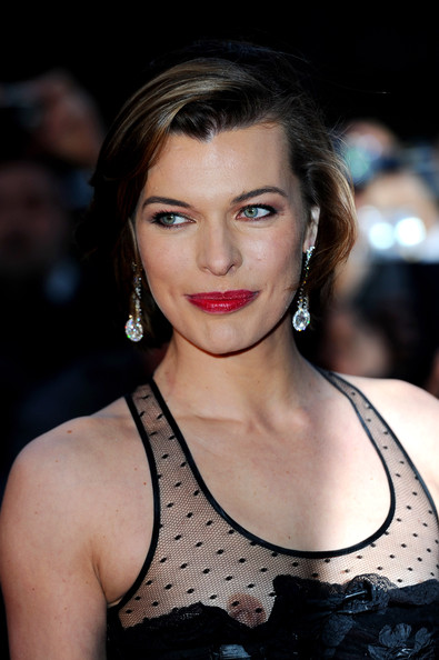 milla jovovich purple fashion
