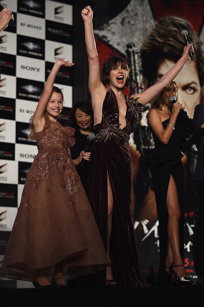 Milla Jovovich Photos Photos - 'Resident Evil: The Final Chapter