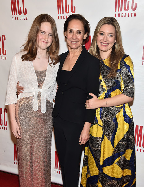 Zoe Perry Laurie Metcalf Mae Akins Roth Miscast 2018