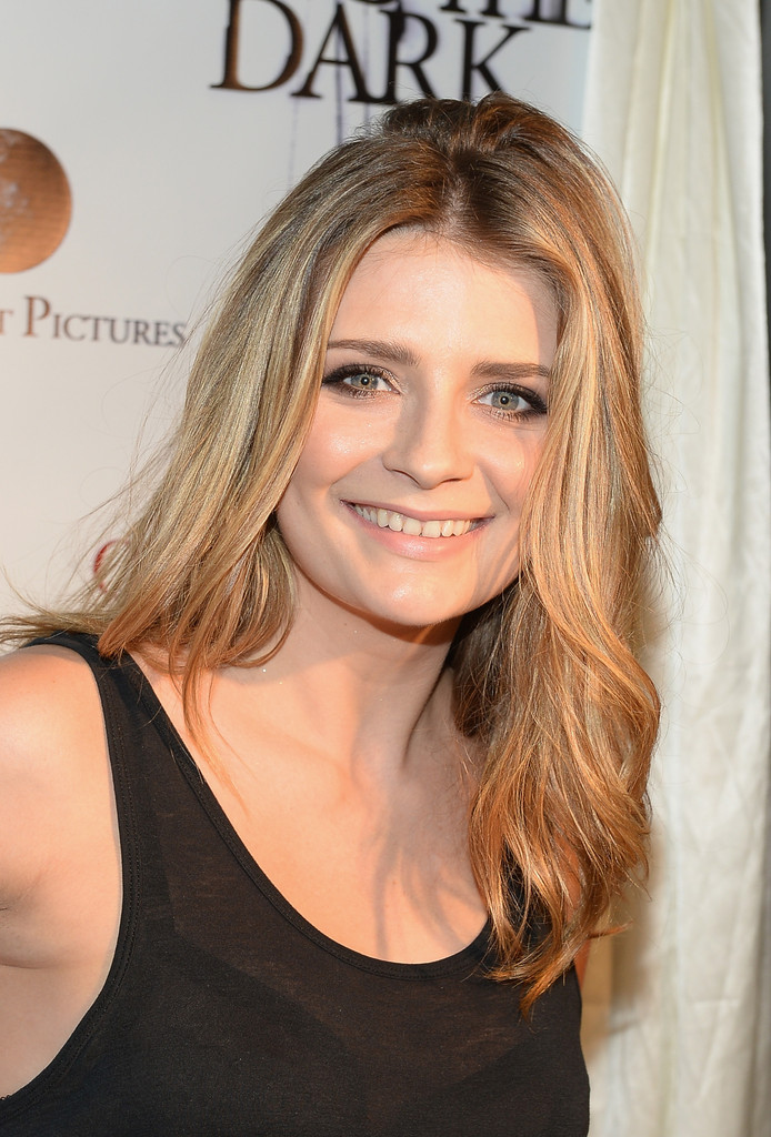 Mischa Barton's Natural Beauty
