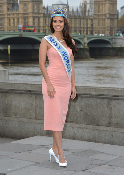 The official thread of Miss World 2013: Megan Lynne Young- Philippines  - Page 13 Miss+World+2014+Photocall+PIHSFJud27Nl