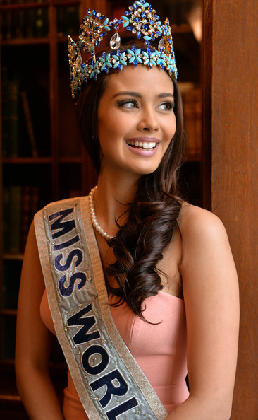 The official thread of Miss World 2013: Megan Lynne Young- Philippines  - Page 13 Miss+World+2014+Photocall+hgCfcRuuFkfl