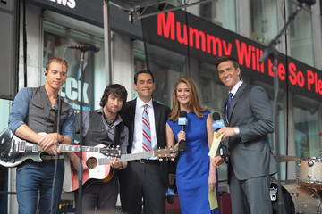 Molly Line Plain White T's Perform On FOX & Friends
