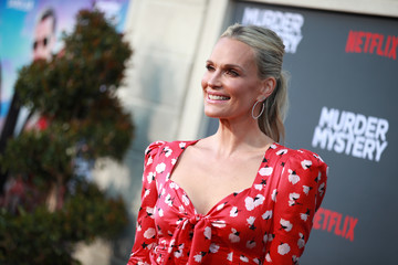 Molly Sims LA Premiere Of Netflix's 'Murder Mystery' - Arrivals