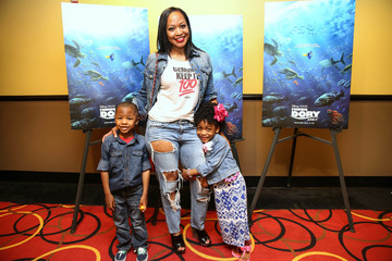 Monyetta Shaw 'Finding Dory' Advance Screening Hosted by Keshia Knight Pulliam and Kamp Kizzy at AMC Phipps Plaza