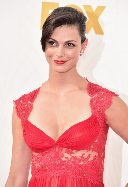 http://www2.pictures.zimbio.com/gi/Morena+Baccarin+67th+Annual+Emmy+Awards+Red+vgsXeIz0Wmnl.jpg