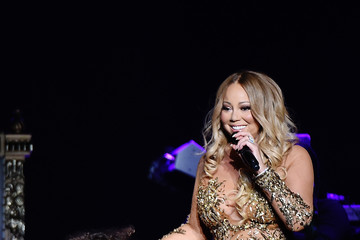 Moroccan Scott Cannon Lionel Richie Performs With Guest Mariah Carey in Concert - New York, New York