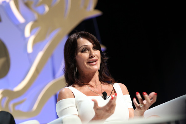 nadia comaneci dating As they moved in together and set up a new business, the pair got even closer and officially started dating the epic journey of nadia comăneci.