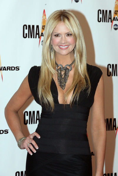 Nancy O'Dell - The 43rd Annual CMA Awards - Arrivals
