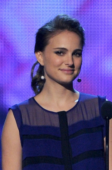 2011 People's Choice Awards - Show. In This Photo: Natalie Portman