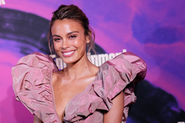 Nathalie Kelley Entertainment Weekly & PEOPLE New York Upfronts Party 2019 Presented By Netflix - Arrivals