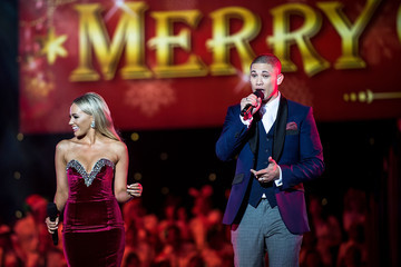 Nathaniel Woolworths Carols in the Domain 2015
