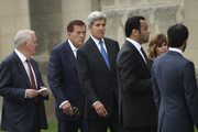Former Homeland Security Secretary Tom Ridge (2nd from L) and former U.S. Secretary of State John Kerry (C) arrive at the Washington National Cathedral for the funeral service for the late Senator John McCain, September 1, 2018 in Washington, DC. Former presidents Barack Obama and George W. Bush are set to deliver eulogies for McCain in front of the 2,500 invited guests. McCain will be buried on Sunday at the U.S. Naval Academy Cemetery.