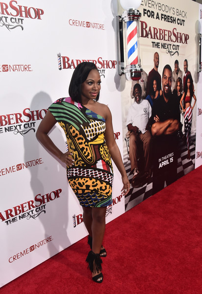 Premiere Of New Line Cinemas Barbershop The Next Cut Red Carpet
