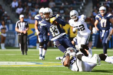 Navorro Bowman Oakland Raiders vLos Angeles Chargers