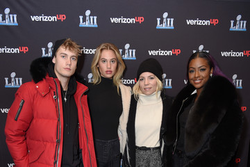 Neels Visser Meredith Mickelson Skylar Gray Performs on the Verizon Up Stage at Super Bowl LIVE