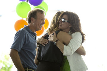 Neil Bush Tracy Hoover Points of Light generationOn Block Party