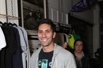 Nev Schulman ProjectArt 'My Kid Could Do That' Los Angeles Benefit and Exhibition Co-Chaired by Kyle Dewoody and Karon Davis