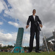Sultan Kosen The New Tallest Man In The World Visits London For The First Time