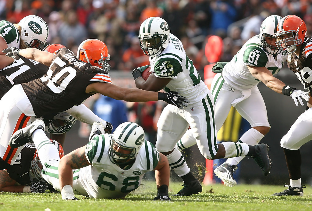 New+York+Jets+v+Cleveland+Browns+kJ92QlH