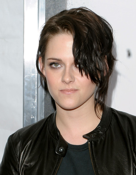 "Actress Kristen Stewart attends the premiere of ""Remember Me"" at the Paris Theatre on March 1, 2010 in New York City."