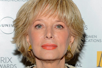 Does Lesley Stahl Wear A Wig 116