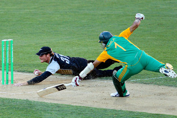 Hashim Alma New Zealand v South Africa - 1st Twenty20 International