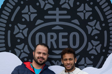 Neymar Neymar Shows Off a New Type of OREO Cookie Dunk for the Winners of the OREO Dunk Challenge Sweepstakes