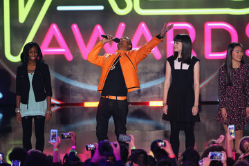 Nick Cannon Nickelodeon Halo Awards - Show