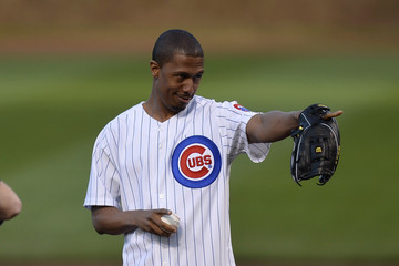 Nick Cannon Nick Cannon Throws Out the First Pitch in Chicago
