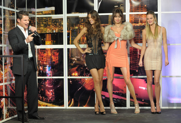 Nick Lachey Nick Lachey (L) and Sports Illustrated swimsuit models Izabel Goulart, Kenza Fourati and Shannan Click onstage at Club SI Swimsuit hosted by Vanity at Vanity Nightclub at The Hard Rock Hotel and Casino on February 17, 2011 in Las Vegas, Nevada.