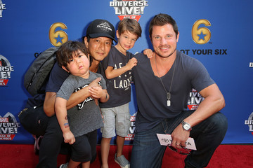 Nick Lachey Marvel Universe LIVE! Age of Heroes World Premiere Celebrity Red Carpet Event