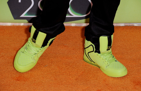 Singer Justin Bieber (shoe detail) arrives at Nickelodeon's 23rd Annual Kids' Choice Awards held at UCLA's Pauley Pavilion on March 27, 2010 in Los Angeles, California.