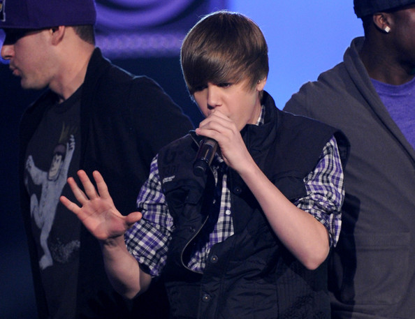 Singer Justin Bieber performs onstage at Nickelodeon's 23rd Annual Kids' Choice Awards held at UCLA's Pauley Pavilion on March 27, 2010 in Los Angeles, California.