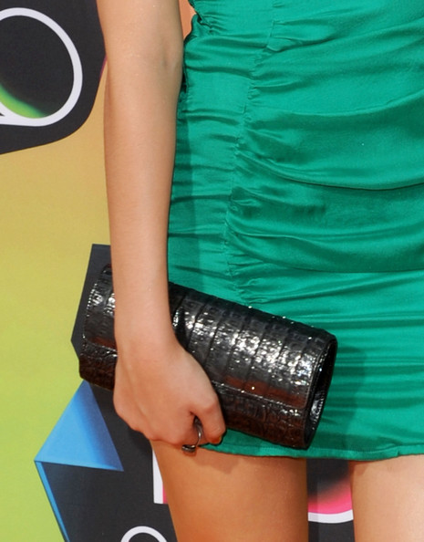 Actress Victoria Justice arrives at Nickelodeon's 23rd Annual Kid's Choice Awards held at UCLA's Pauley Pavilion on March 27, 2010 in Los Angeles, California.