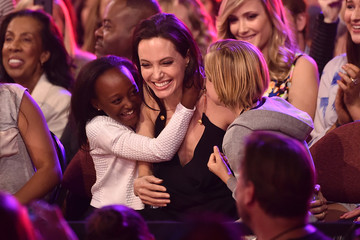 Angelina Jolie Gets Hugs from Her Kids at the Kids' Choice Awards