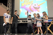"""(L-R) Cast member of Nickelodeon's Game Shakers, Kel Mitchell, Viner superstar Josh Peck, and also from Game Shakers, Benjamin """"Lil P-Nut"""" Flores Jr., Thomas Kuc, Madisyn Shipman, and Cree Cicchino speak onstage at VidCon on July 25, 2015 in Anaheim, California. New live-action comedy series set to premiere Saturday, Sept. 12 at 8:30pm"""