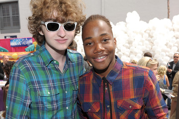 """Michael Reid Nickelodeon """"iParty With Victorious"""" Premiere - Inside"""