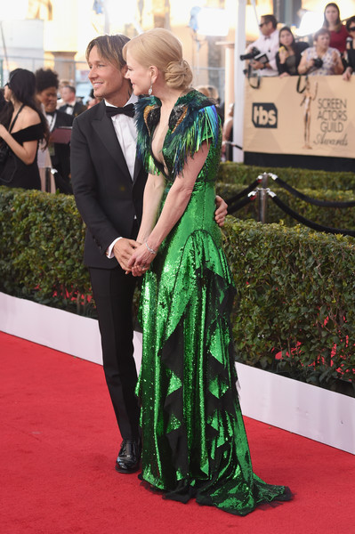 The 23rd Annual Screen Actors Guild Awards - Arrivals [red carpet,green,carpet,flooring,dress,premiere,event,gown,formal wear,arrivals,keith urban,nicole kidman,screen actors guild awards,california,los angeles,the shrine auditorium,l]