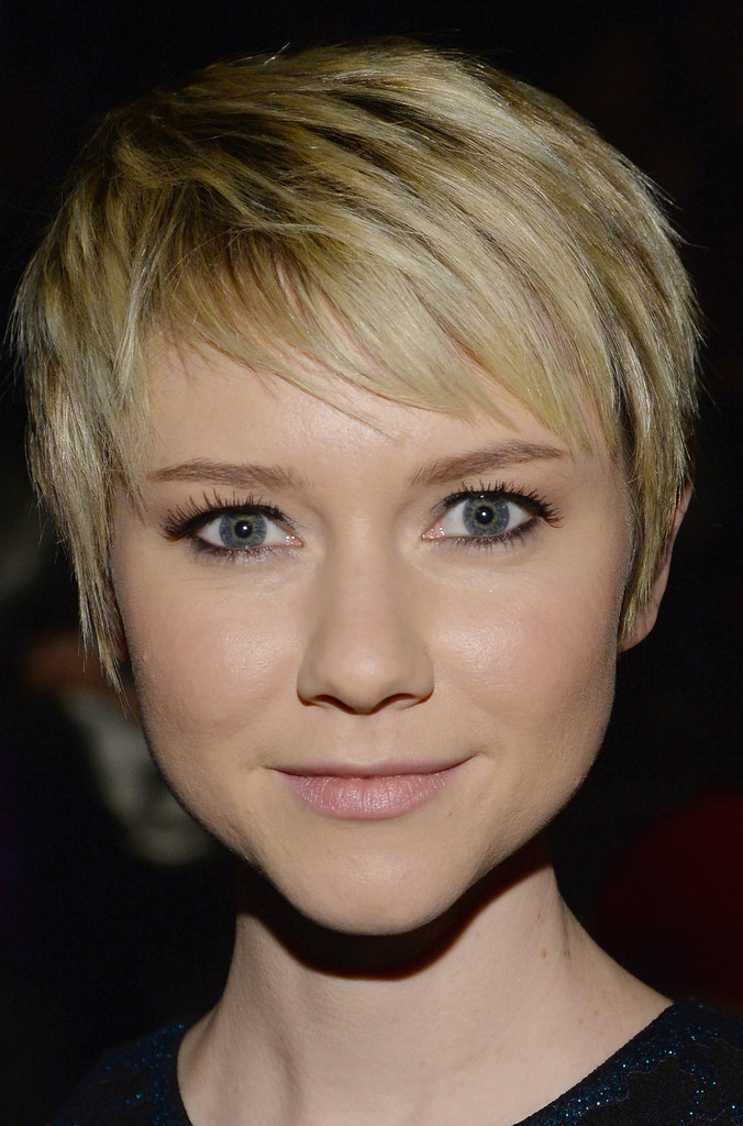 Valorie Curry In Nicole Miller Front Row Mercedes Benz