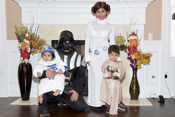 Nicole Polizzi Nicole 'Snooki' Polizzi, Jionni Lavalle and Family Celebrate Halloween 2015
