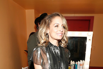 Nicole Richie Environmental Media Association Hosts Its 26th Annual EMA Awards Presented by Toyota, Lexus, and Calvert - Inside